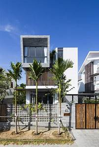 Modern, Vertical, Home, Adapted, To, A, Tropical, Environment, In, Nha, Trang