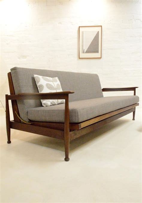 daybed vs sofa bed futons daybeds sofa beds wooden daybed sofa chair with
