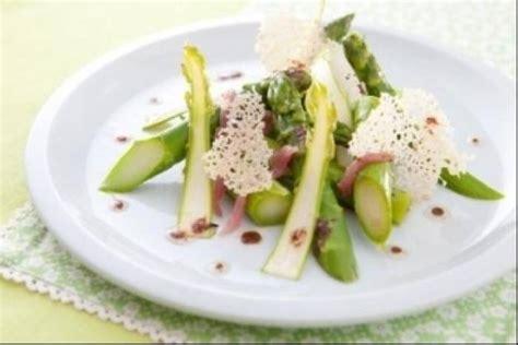 formation cuisine gastronomique recette en vidéo asperges crues et cuites jambon fumé