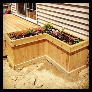 Deck planter box for the yard garden planter boxes for Deck garden box