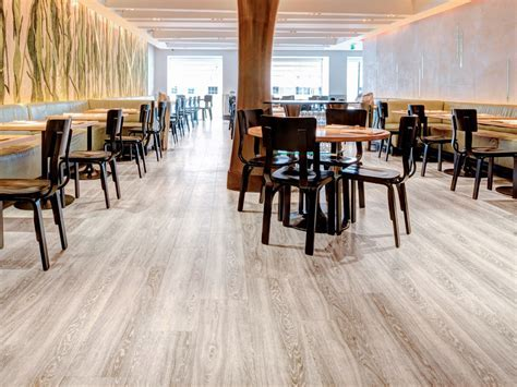 Restaurant Flooring   Commercial flooring for restaurants