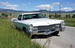 1967 Cadillac Coupe Deville For Sale  2201728