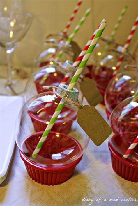 creative  minute diy christmas party decorations