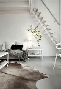 Skandinavisch Einrichten Wohnzimmer : kuhfell teppich im wohn oder schlafzimmer verlegen kuhfell teppich skandinavisch einrichten ~ Sanjose-hotels-ca.com Haus und Dekorationen