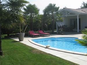 vente maison contemporaine avec piscine et grand jardin t5 With plan de bassin de jardin 5 centre commercial