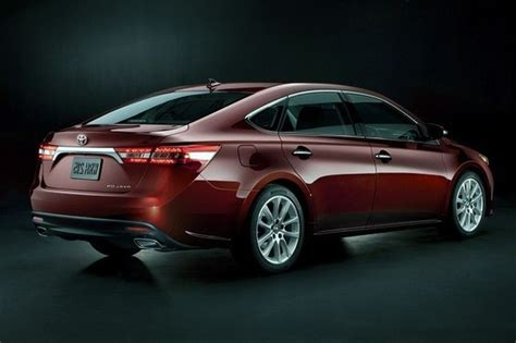 avalon toyota xle cars premium pakistan ugly rear does why features driver specs release date engine front interior exterior sedan