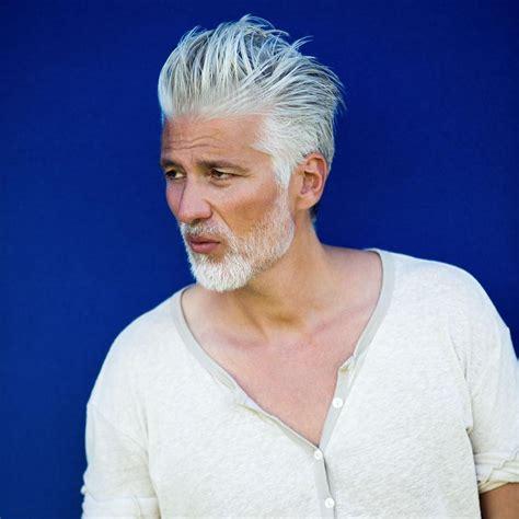 graue haare männer trend so genial k 214 nnen graue b 196 rte aussehen s fashion