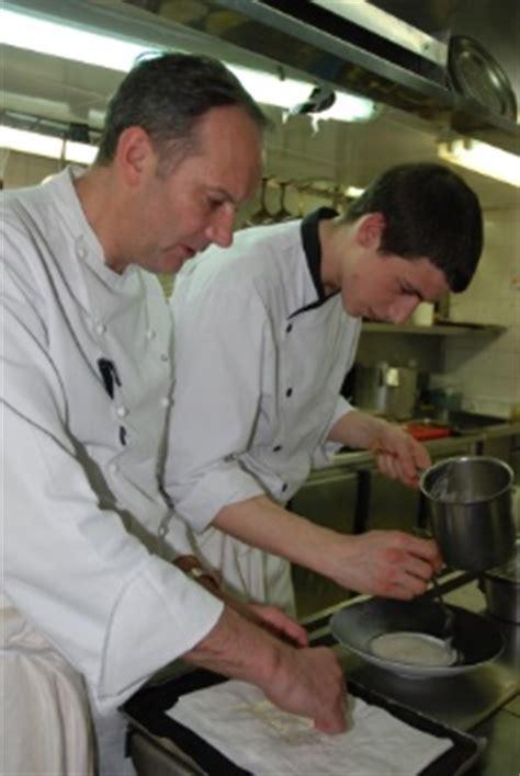 emploi chef cuisine emploi commis de cuisine 28 images cherche commis de