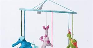 Mobile über Wickeltisch : baby mobile unikat h kelmobile mit 6 tieren blau bunt fair trade ~ Orissabook.com Haus und Dekorationen