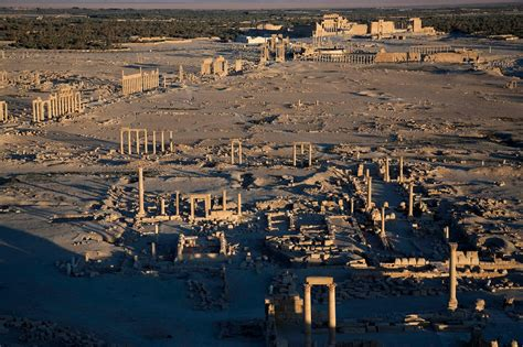 ancient city defied rome  faces threat  islamic state