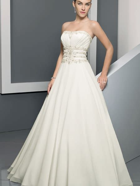 empire wedding dresses empire waist wedding dresses 2012 wedding inspiration trends 3901