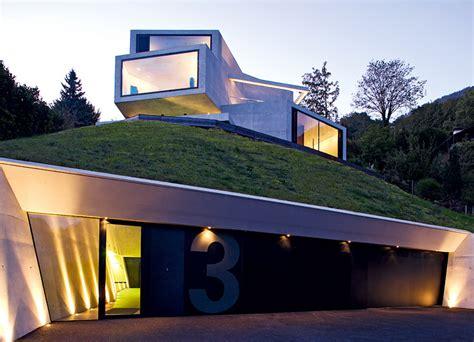Moderne Häuser Im Hang by Architektenh 228 User Verschachtelte Villa Aus Betonboxen