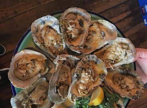 delaware oysters wharf chow appetizers tasty flavorful meal stuff face down these
