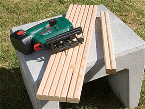 u steine bank bank tisch oder hocker aus terrassendeck holzresten selber machen heimwerkermagazin