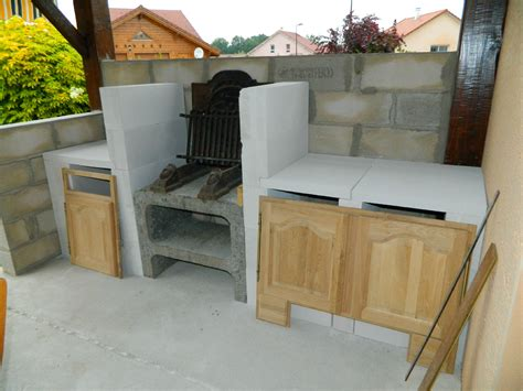fabriquer sa cuisine en beton cellulaire cuisine d ete en beton cellulaire