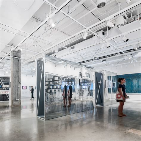 Som Creates Minimalist Home For New York's International