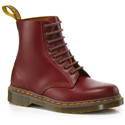 Dr Martens Madein Thailand dr martens vintage 1460 boot made in ox blood