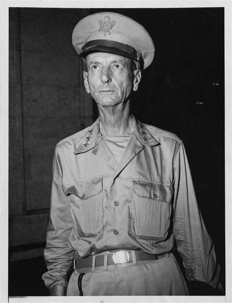 Military Photo / Negative: General Wainwright