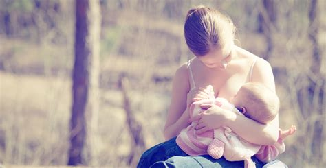10 Reasons You Need To Call A Lactation Consultant