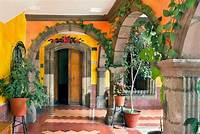 trending spanish patio decor ideas Best 25+ Spanish patio ideas on Pinterest   Spanish style homes, Spanish backyard and Mexican ...