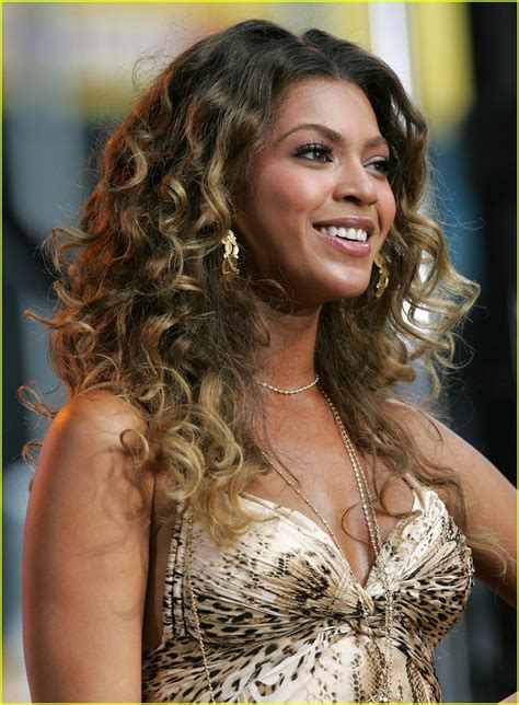 Beyonce Green Light by Green Light Images Frompo