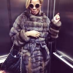 Mary J. Blige Fashion Style