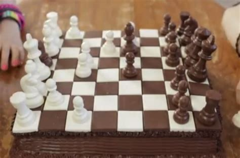 foodista   chocolate  vanilla chess cake