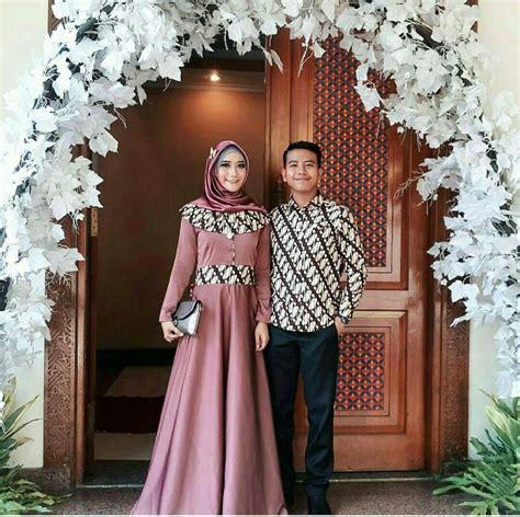 9 kebaya satin hijab tercantik dan terlaris di instagram. 11 Inspirasi Model Batik Sarimbit untuk Lamaran. Biar ...