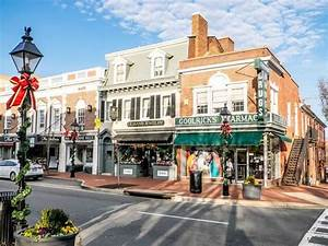 Christmas Shopping Season Begins in Fredericksburg Area ...