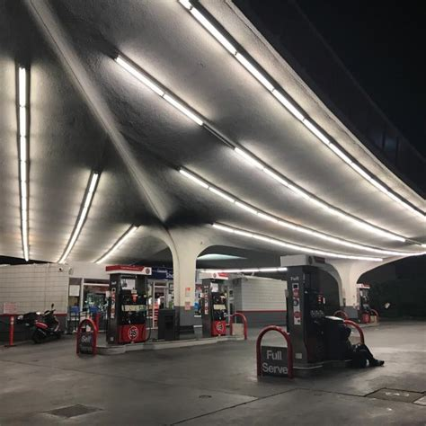 beautiful gas stations   world ranked