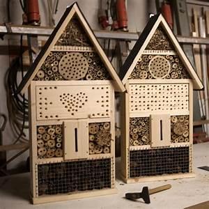 Bienenhotel Selber Bauen : bau eines wildbienenhotels in b chelberg pfalz express ~ A.2002-acura-tl-radio.info Haus und Dekorationen