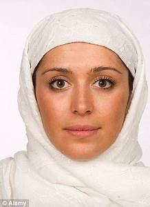 Muslim women should NOT cover face, say most Muslim ...