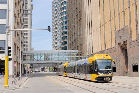 minneapolis light rail metro blue line minnesota wikiwand