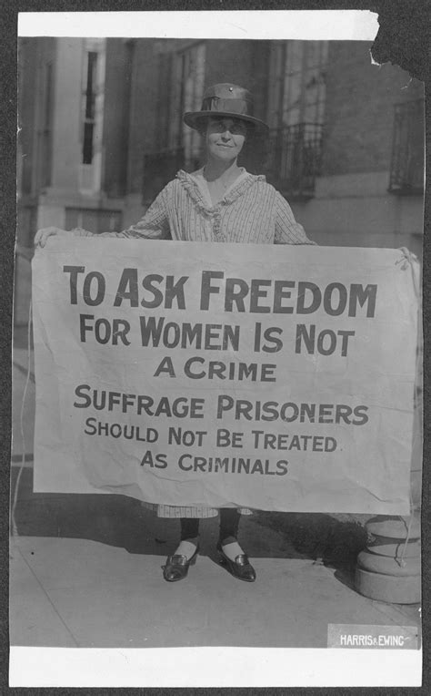 Mary Winsor (Penn.) '17 [holding Suffrage Prisoners banner