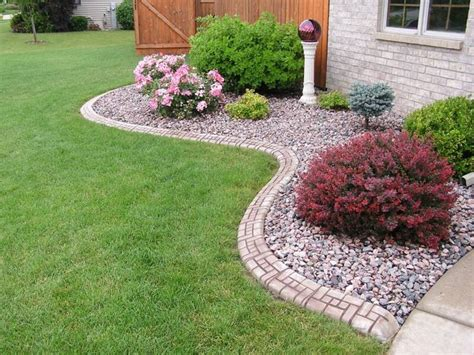 17 best ideas about rock flower beds on river