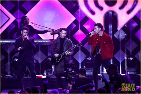 Jonas Brothers Wear Santa Hats For Their Jingle Ball 2019 ...