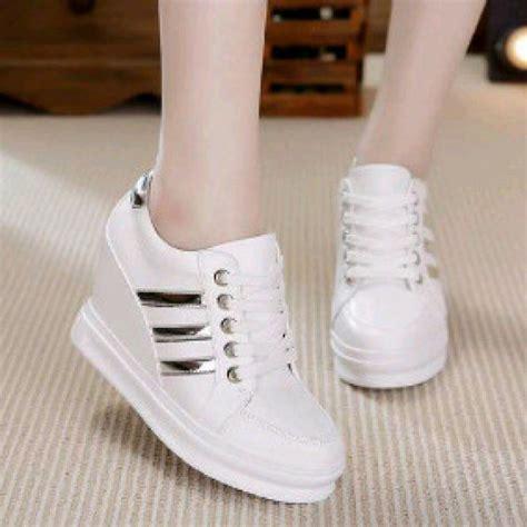 jual sendal sepatu boots putih sneakers wedges inside putih sepatu flat shoes murah replika high