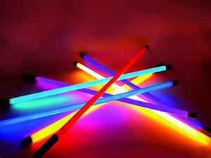 Neon Lumiere Du Jour : neon couleur ~ Melissatoandfro.com Idées de Décoration