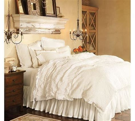 big fluffy comforter 17 best ideas about fluffy white bedding on