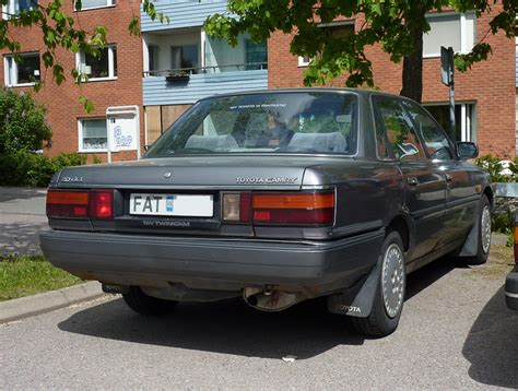 1989 Toyota Camry by Toyota Camry 2 0 1989 Auto Images And Specification