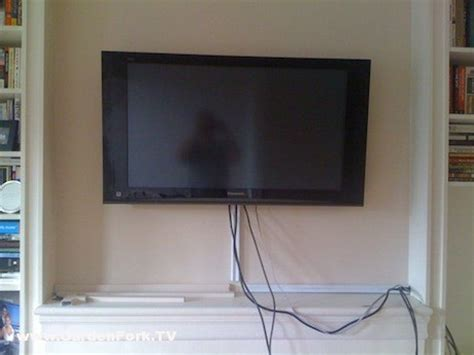 hanging  tv   wall lacetothetopcom