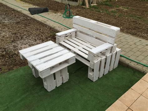 panchine di legno panchine con bancali di legno pallet design panchina