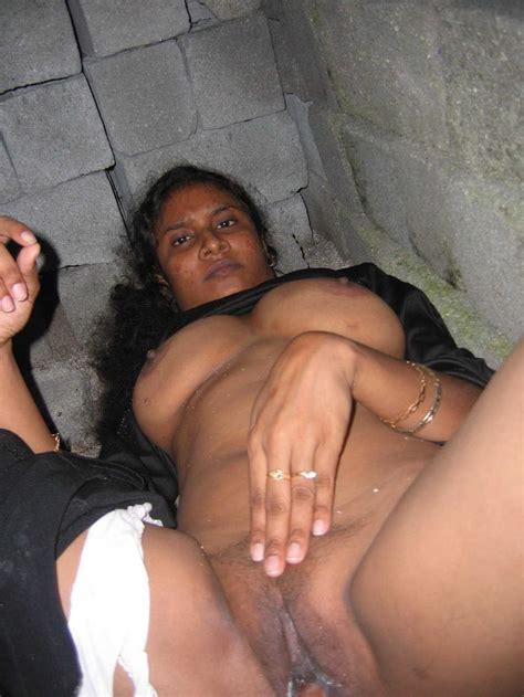 Village Aunty Nude Image 4 Fap