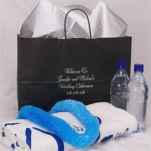 wedding gift bag ideas for your out of town guests hubpages With wedding gift bags for out of town guests