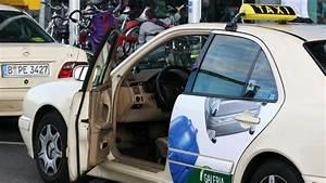 Taxi Fahrt Berechnen : tegel taxi fahrt wird teurer b z berlin ~ Themetempest.com Abrechnung