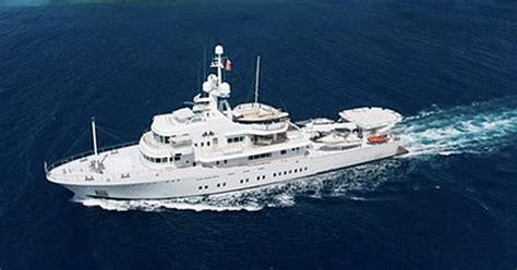 google founder larry page buys  foot yacht
