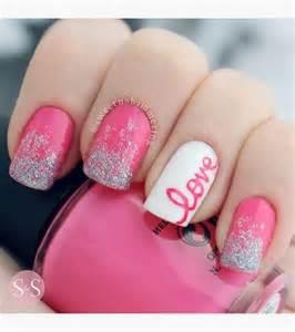 Hot pink white valentine s nail design