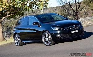 308 Peugeot 2015 : 2015 volvo v40 t5 vs peugeot 308 gt warm hatch comparison video performancedrive ~ Maxctalentgroup.com Avis de Voitures