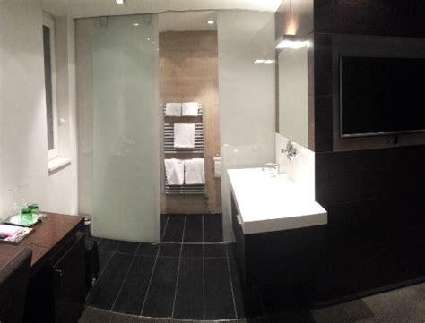 Badezimmer-nische Mit Getrenntem Wc+dusche