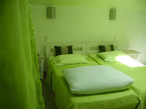 la chambre chambre verte la maison du peintre